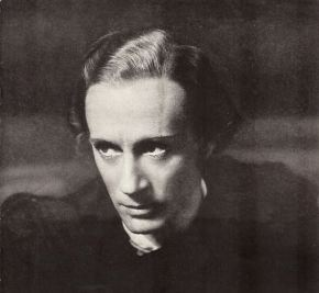Leslie Howard as Hamlet, 1936