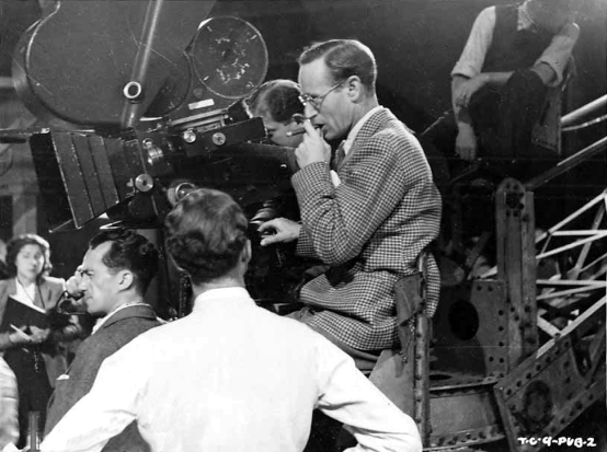 Leslie Howard directing The Gentle Sex