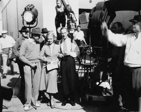 Leslie Howard, Joan Bennett, Tay Garnett