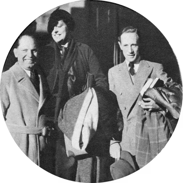 Leslie Howard, Ruth and Mike Levee