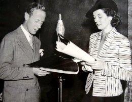 Leslie Howard Rosalind Russell