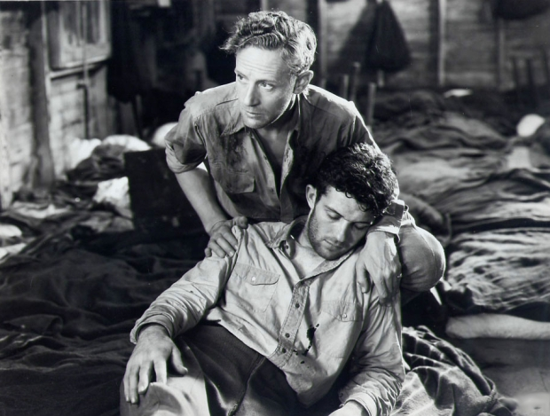 Leslie Howard in Captured!
