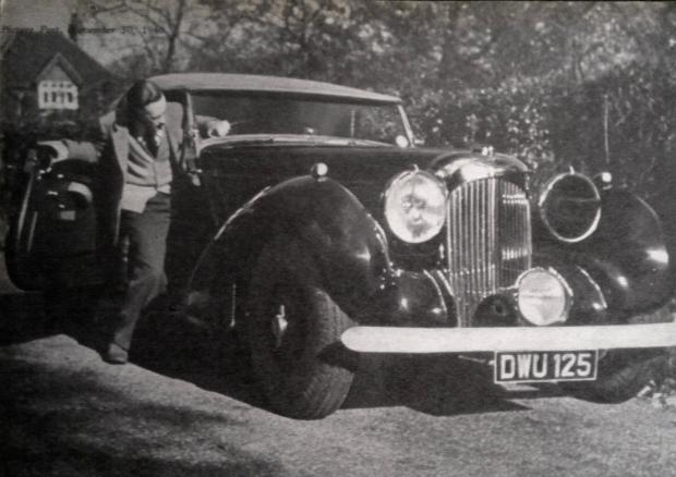 Leslie Howard with his car