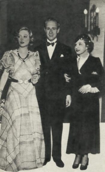 Leslie Howard Marion Davies