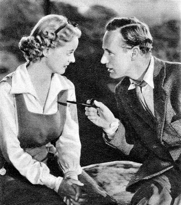 Bette Davis and Leslie Howard