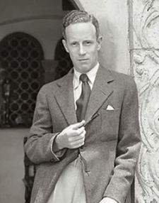 Leslie Howard, 1932