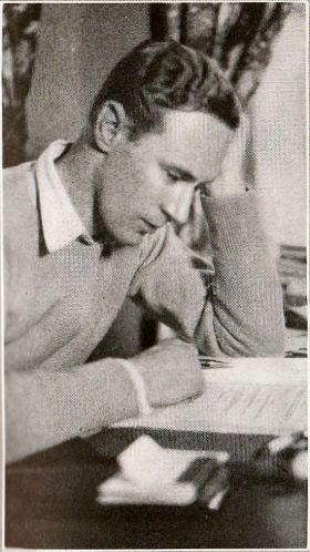 Leslie Howard, 1928