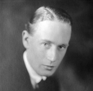 Young Leslie Howard; Lesley Howard