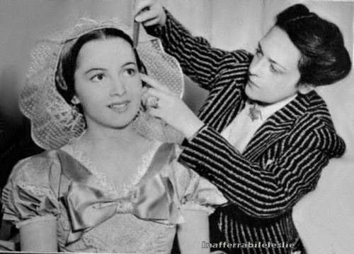 Olivia de Havilland as Melanie Hamilton