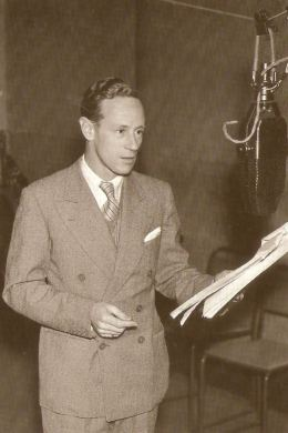 Leslie Howard on the air