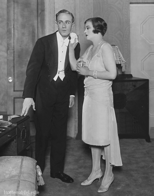 Leslie Howard and Tallulah Bankhead in Her Cardboard Lover 1928