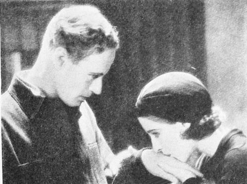 Leslie Howard and Norma Shearer