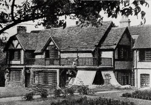 Stowe Maries, in Surrey, England