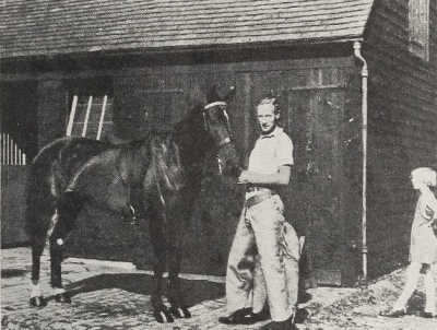 Leslie Howard and his horses